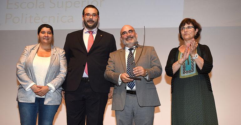 De izquierda a derecha: Dolors Guillén (presidenta del TecnoCampus), David Bote (alcalde de Mataró, Javier García (director general de Schunk Intec SLU), Dolors Ayala (vicerectora de la Universitat Politècnica de Catalunya)