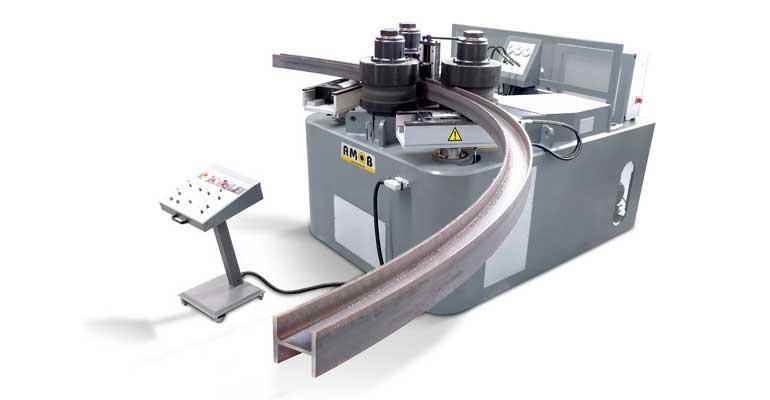 Curvadora MAH 250/3 AC de AMOB