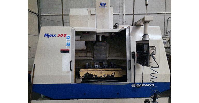 Centro de mecanizado vertical Daewoo MYNX 500