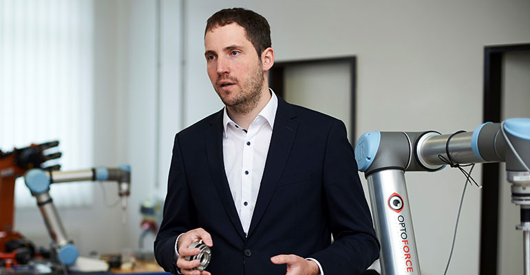 Äkos Dömötör, CEO de OptoForce