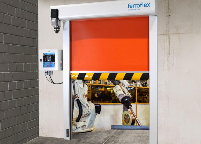 Ferroflex lanza al mercado una nueva puerta para líneas de producción