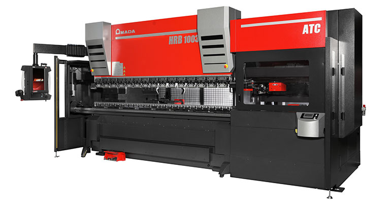 Amada incorpora el cambiador automático de herramientas en su nueva serie de plegadoras HRB