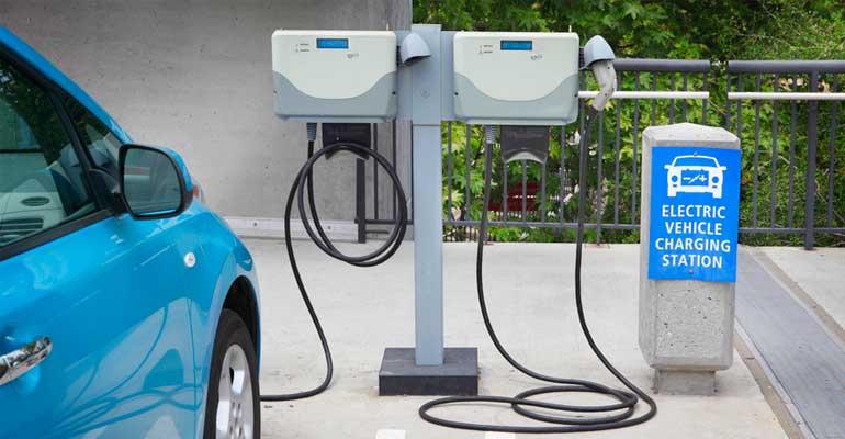 La electromovilidad avanza muy lenta en España