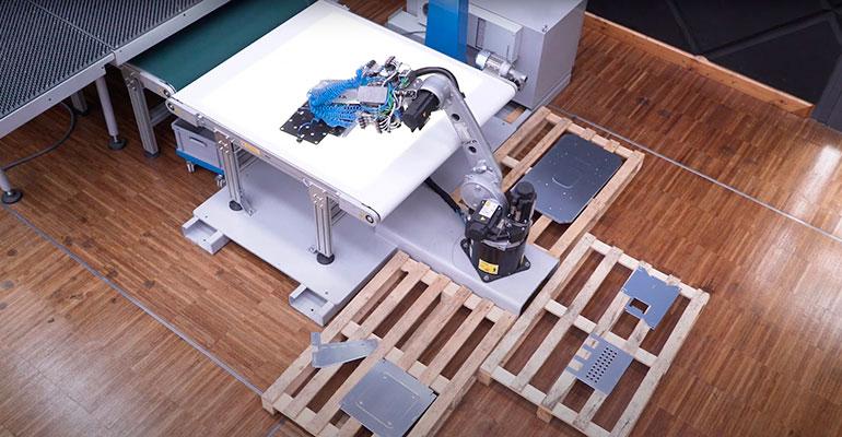"""Lantek """"da vida"""" a uno de los robots de Euromac más punteros en la industria de las punzonadoras"""