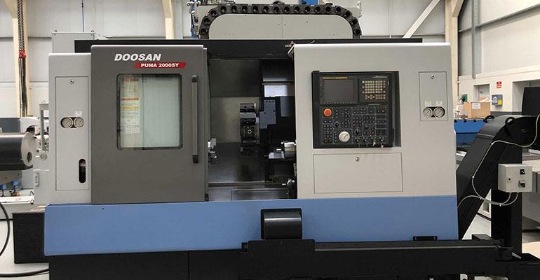 Torno CNC Doosan 2000 SY