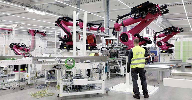 La alta tecnología irrumpe en la fábrica de Rittal