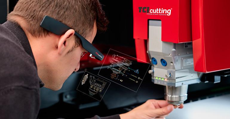 TCI Cutting asiste a sus clientes de Asia y Australia con sus gafas inteligentes Premium View