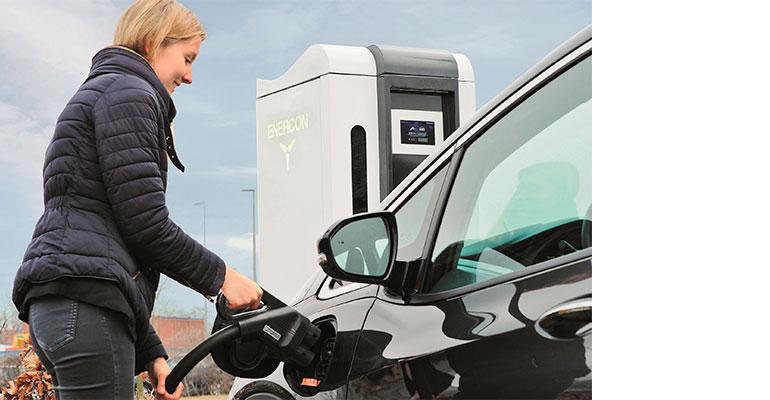 Rittal ofrece soluciones para la movilidad eléctrica