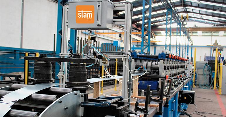 STAM España Instala una línea de perfilado universal en una importante empresa de Cataluña
